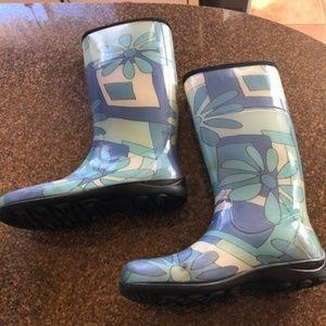 Blue Floral Kamik Rain Boots